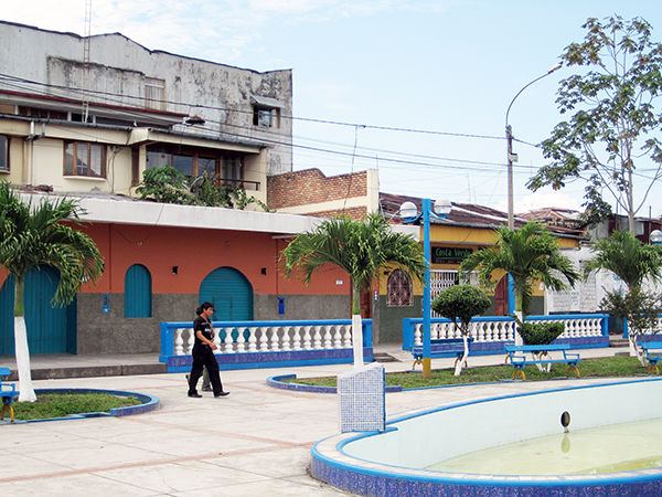 Iquitos_town1