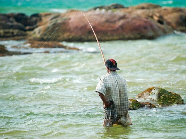 Induruwa, fisherman