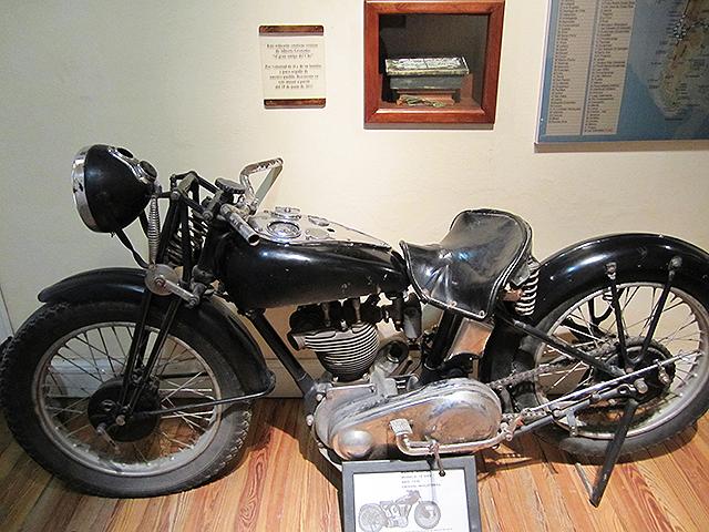 Che_Motorbike